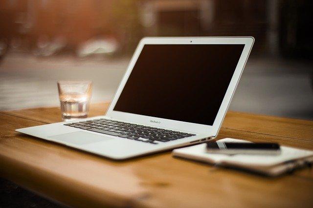 laptop under 1 lakh